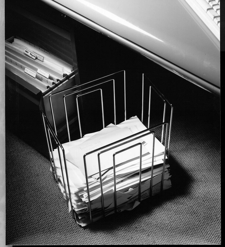 DER PAPIERSAMMLER Collecteur de papier / reliure à journaux compact MERLO   T Noir