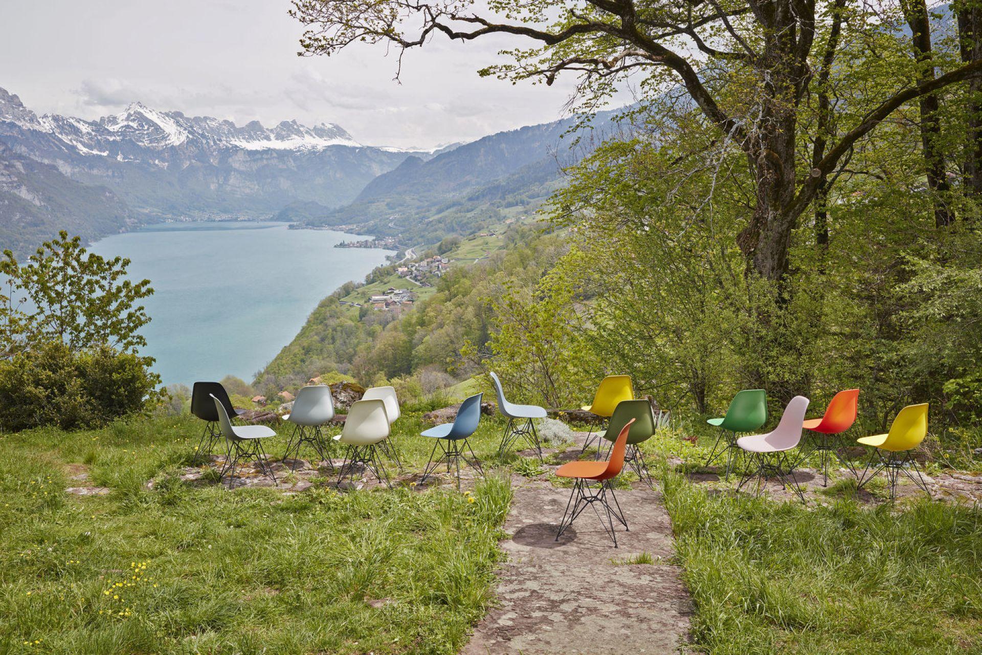 Eames Plastic Arm Rocking Chair chaise à bascule RAR Vitra