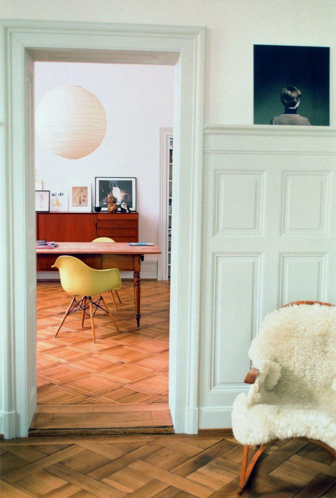 Eames Plastic Arm Chair DAW Stuhl Vitra - QUICK SHIP-Ahorn gelblich-Ocean