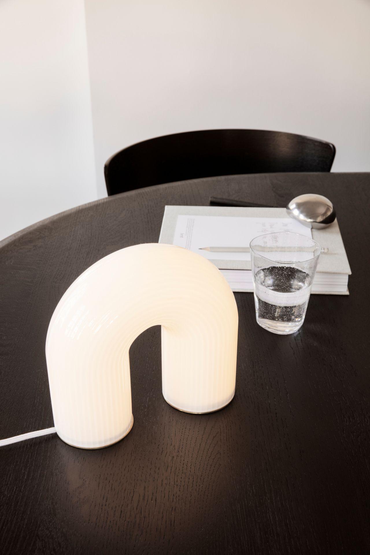 Vuelta lampe de table Ferm Living