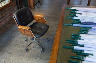 D49 Cur Chaises de Bureau Tecta