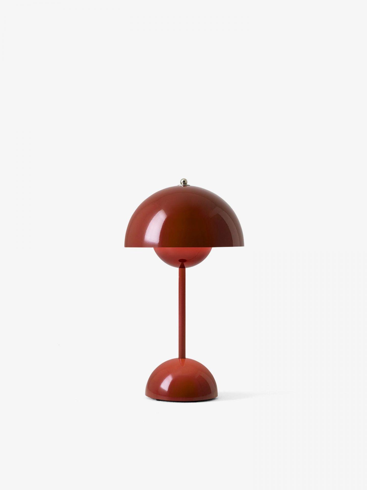 Flowerpot VP9 Portable Lampe à batterie / Lampe de table avec USB AndTradition